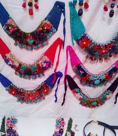 💙❤💚 ... #renklikolye #kolye #takı #elyapımı #tasarimurunler #doğaltaş #bileklik #handmade #elemeği #otantiktakı #innstajewels… Crochet Necklace, Jewels, Knitting, Bracelets, Crafts, Accessories, Instagram, Fashion, Creative Crafts