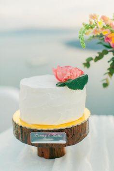 Wedding cake with peony