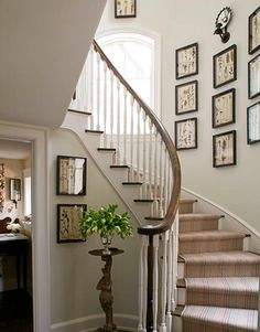 nice stairway - not fun to move furniture upstairs, but nice for wall art