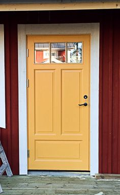 Us White House, Stairs And Doors, New England Homes, Garden Gates, House Painting, Curb Appeal, Interior And Exterior, Tall Cabinet Storage, Construction