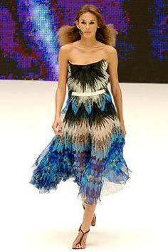 Alexander McQueen Spring 2003 Ready-to-Wear Collection - Vogue