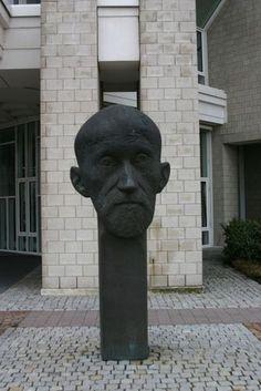 Paul Ehrlich monument