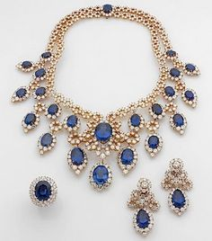 Jewerly Gold Necklace Indian Pendants 22 Ideas For 2019 Luxury Jewelry, Unique Jewelry, Gold Jewelry, Vintage Jewelry, Jewelry Necklaces, Jewelry Design, Quartz Jewelry, Sapphire Necklace, Sapphire Jewelry
