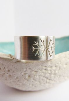 Snowflake ring Sterling silver wide band