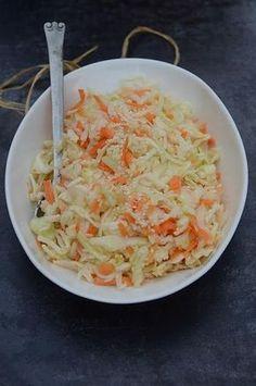 Łatwa surówka z białej kapusty, jak u Chińczyka