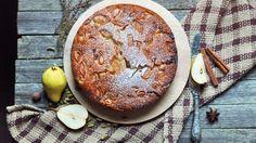 Především na podzim se doporučuje konzumovat hodně ovoce a zeleniny, aby mělo tělo dostatek vitaminů. A určitě se mnou budete souhlasit, že i jablka, hrušky a mrkve v koláčích se do této kategorie počítají. Camembert Cheese, Acai Bowl, Breakfast, Nouvel An, Acai Berry Bowl, Breakfast Cafe