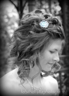 Black and white prom photography  ©TabithaFultzPhotography