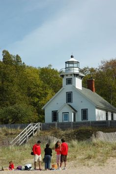 11 inspiring lighthouses to see in traverse city mi images light rh pinterest com