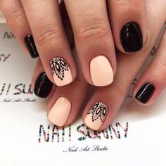 12 Amazing Nail Designs For Short Nails: #3. Peach and Black Combination