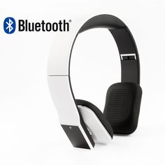 Słuchawki bezprzewodowe z technologią Bluetooth. Packshot . Fotografia produktowa.