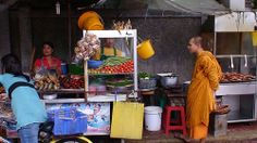 Thai street food som tam and barbecue chicken - maybe some nam tok. Thai Monk, Thailand Photos, Thai Street Food, Barbecue Chicken, Places, Interior, Photography, Photograph, Indoor