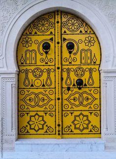 Africa   Yellow door in Tunisia   ©Aymen Ouertani