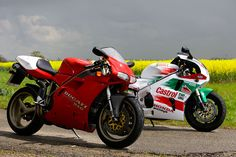 Superbike classics - Ducati 916SP v Honda RC45 | Visordown | The UK's No.1 motorcycle news, reviews and road tests resource