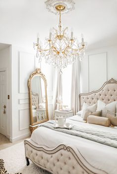 A beautiful Parisian & Versaille themed bedroom makeover - J'adore Lexie Couture Room Ideas Bedroom, Bedroom Themes, Home Decor Bedroom, French Bedroom Furniture, Classy Bedroom Ideas, French Bedroom Decor, French Bedrooms, Parisian Room, Parisian Decor