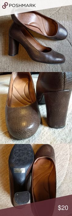 Clarks  snakeskin pumps Super comfy! Minor scuffing. Clarks Shoes Heels