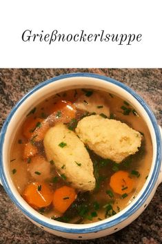The autumn is here! Perfect weather for many homemade soups. This includes a classic beef soup! And for them you can prepare lots of delicious deposits. Here I show you how to make semolina dumplings Hamburger Meat Recipes, Sausage Recipes, Semolina Recipe, Recetas Whole30, Dumplings For Soup, Albondigas, Homemade Soup, Mushroom Recipes, Healthy Soup