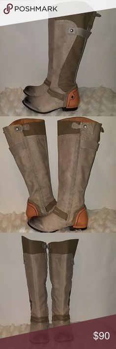 KDNY DISTRESSED GRAY LEATHER RIDING BOOTS SZ 9.5 PRE-LOVED IN GOOD CONDITION: BOOTS SHOE SIGNS OF WEAR IN USED CONDITION. DEFINITELY STATEMENT BOOTS. VERY TRENDY KDNY Shoes