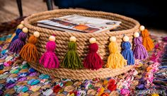 Looking for Home Decor projects? Visit Hobby Lobby for No-Sew Rope Basket: Jute Gets Cozy project details. Jute Crafts, Pom Pom Crafts, Diy Home Crafts, Creative Crafts, Kids Crafts, Diy Home Decor, Ramadan Crafts, Ramadan Decorations, Boho Diy