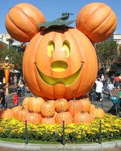 Disney Halloween -                                                              I heart Disney