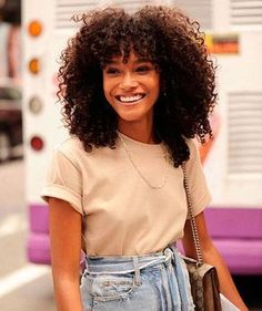 Hair Bangs Long Curly Natural Curls 35 New Ideas Curly Fro, Curly Hair With Bangs, Curly Hair Cuts, Long Curly Hair, Hairstyles With Bangs, Girl Hairstyles, Curly Hair Styles, Natural Hair Styles, Bangs Hairstyle