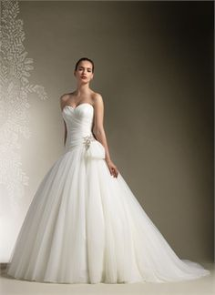 White Ball Beading Sweetheart Tulle Bridal Dress