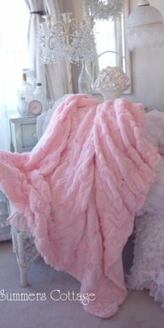 Shabby pink fur satin ribbon ruffle roses chic throw soft cozy blanket 2019 The post Shabby pink fur satin ribbon ruffle roses chic throw soft cozy blanket 2019 appeared first on Blanket Diy. Pink Love, Pretty In Pink, Pink Pink Pink, Plaid Rose, Couleur Rose Pastel, Foto Fantasy, Look Rose, Romantic Homes, Everything Pink