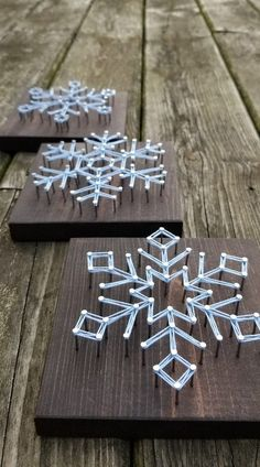 Snowflake String Art / Christmas Decorations / Holiday Decor / Christmas Decor / Christmas Gift / Stocking Stuffer / Holiday Decorations - Easy Crafts for All Diy Christmas Fireplace, Diy Christmas Snowflakes, Snowflake Decorations, Christmas Party Decorations, Noel Christmas, Homemade Christmas, Wood Snowflake, English Christmas, Etsy Christmas