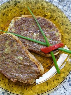 Princesses (Bulgarian Ground Meat Sandwiches). Photo by Nelka