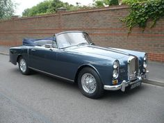 ALVIS TE 21 DROPHEAD COUPE (1964) Maintenance/restoration of old/vintage vehicles: the material for new cogs/casters/gears/pads could be cast polyamide which I (Cast polyamide) can produce. My contact: tatjana.alic@windowslive.com