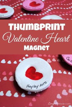 Valentine Heart Thumbprint Magnet gift for the grandparents. Easy to make with the kids. #kidscraft #Valentine