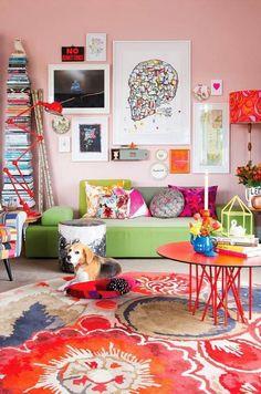 Sala com muitas cores e estilo!!! Perfeita!