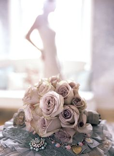 These flowers are gorgeous and perfect!! Taupe Wedding, Wedding Colors, Dream Wedding, Wedding Day, Wedding Shot, Wedding Season, Wedding Poses, Wedding Engagement, Wedding Photography Inspiration