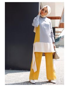 Modest Fashion, Hijab Fashion, Fashion Outfits, Womens Fashion, Muslim Girls, Muslim Women, Casual Hijab Outfit, Casual Outfits, Mode Hijab