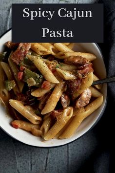This one pot Cajun Pasta Recipe is so easy to make & so delicious, you'll want to make it all the time. Creamy, spicy, delicious, it only takes 30 minutes! Andouille Sausage Recipes, Sausage Sauce, Cajun Sausage, Sausage Pasta, Cajun Dishes, Spicy Dishes, Pasta Dishes, One Pot Cajun Pasta, Creamy Cajun Pasta