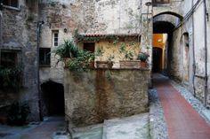 Ventimiglia (IM) - centro storico di Ventimiglia Alta