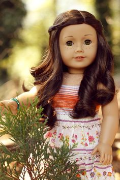 Agpals. She's one of the most amazing doll photographers out there.