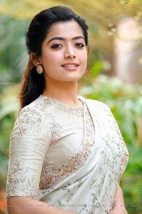 Rashmika Mandanna In Designer Saree Photo Shoot Image 100 Telugu Actress Hot Photos Telu In 2020 Saree Designs Beautiful Indian Actress Most Beautiful Indian Actress
