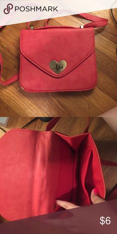 Forever 21 bag Forever 21 prink purse Forever 21 Bags Clutches & Wristlets