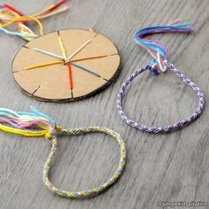 Your kids can have best pals forever with this adorable bracelet craft 😍 For more kids crafts, DIYs and hacks, join us at… String Crafts, Yarn Crafts, Diy And Crafts, Arts And Crafts, Creative Crafts, Diy For Kids, Crafts For Kids, Bracelet Crafts, Camping Crafts