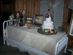 my cake table bed!