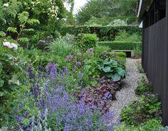 Idag har jag varit på trädgårdsfika hemma hos Katarina i Lund. Så kul det var att få se hennes fina trädgård i verkligheten! Jag har läst he...