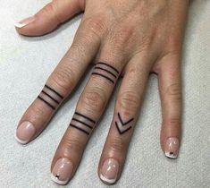 70 new Ideas tattoo finger lines tatoo Finger Tattoo Designs, Finger Tattoos, Hand Tattoos, Neue Tattoos, Body Art Tattoos, Sleeve Tattoos, Tatoos, Trendy Tattoos, Small Tattoos
