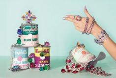 Nice jewellery photography set up.   Setup by Alexandra Bruel for Vogue UK