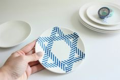 Festive decorated dishes for Hannukah diy by cafe-veyafe