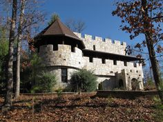 8 Enchanting Castles You'll Only Find in North Carolina:  Castle Mckenzie, Murphy