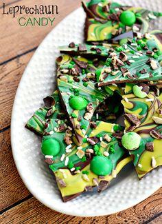 Leprechaun Chocolate Mint Candy Bark for St Patricks Day