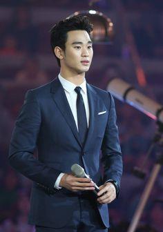 Samsung Galaxy S5 event in Beijing 140418  #KimSooHyun #김수현