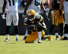 Ha Ha Clinton-Dix Says Right Things, Doesn't Do Them -- One of the Green Bay Packers most disappointing players has been safety Ha Ha Clinton-Dix. He has demonstrated a lack of awareness on and off the field.