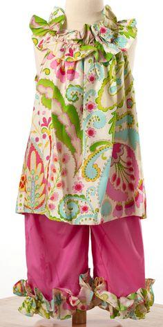 Le' Za Me Fabulous Fleur Lori Capri Set ~ $60 from The Smock Exchange.