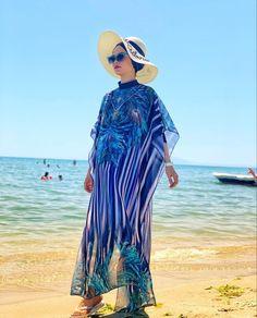 Islamic Swimwear, Muslim Swimwear, Gilet Kimono, Swimming Outfit, Ceremony Dresses, Hijab Fashion Inspiration, Modest Swimsuits, Hijab Chic, Grey Outfit